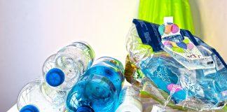 consumul de plastic
